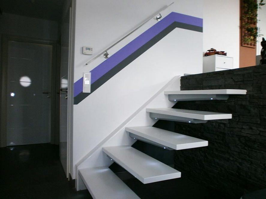 escalier droit ferronnerie à limon déporté