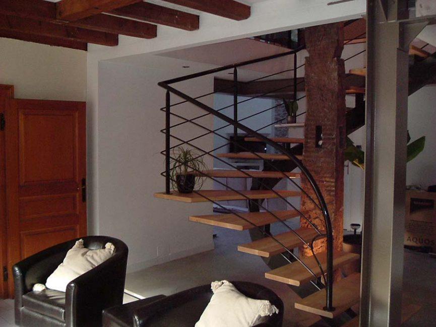 Escaliers sur mesure en inox bois fer acier int rieur - Escalier debillarde ...