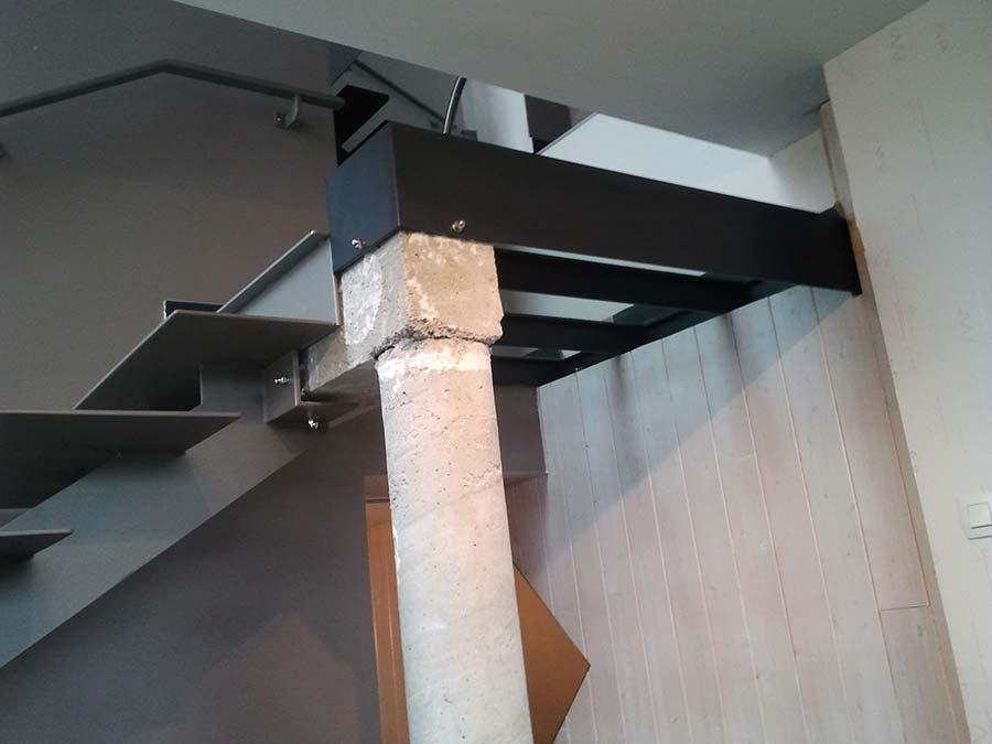 escalier acier design vue ancrage