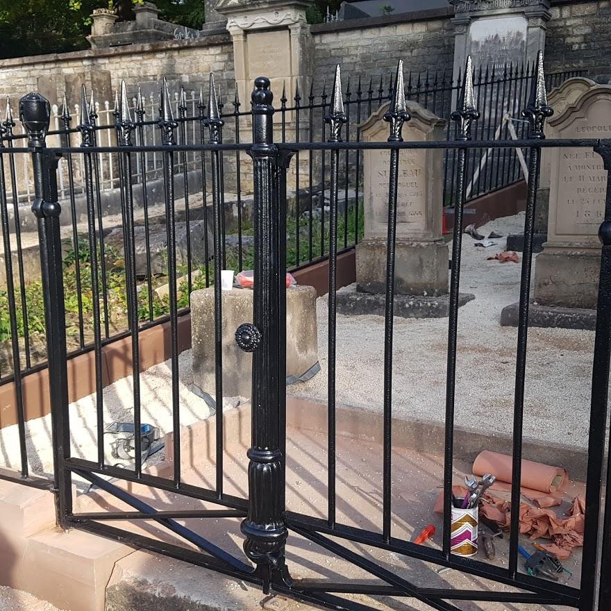 rénovation de clôture en fer forgé d'un cimetière